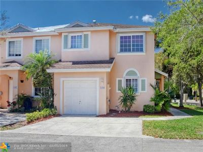 Deerfield Beach Condo/Townhouse For Sale: 1103 SW 44th Ter