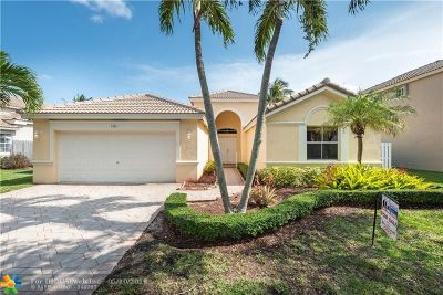 Weston Single Family Home For Sale: 1361 Meadows Blvd