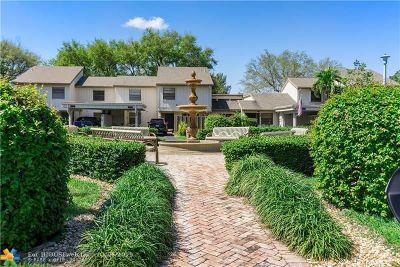Deerfield Beach Condo/Townhouse For Sale: 272 E Deer Creek Wildwood Lane E #272