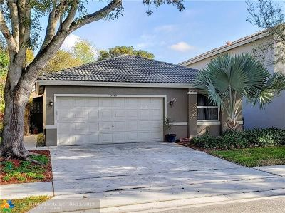 Coconut Creek Single Family Home For Sale: 5449 NW 50th Ct