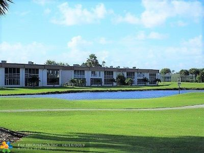 Delray Beach Condo/Townhouse For Sale: 876 Normandy S #876