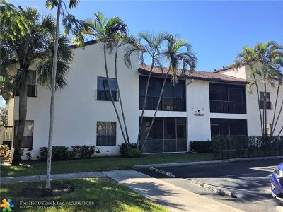 Broward County Condo/Townhouse For Sale: 2604 N Carambola Cir N #1891