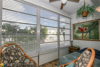 Lauderhill Condo/Townhouse For Sale: 4770 NW 21st St #201