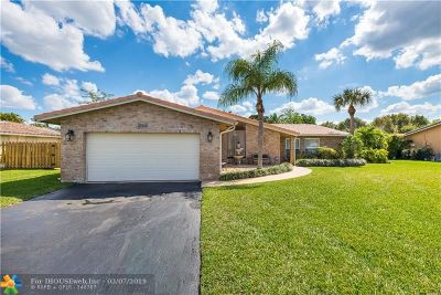 Coral Springs Single Family Home For Sale: 9064 NW 21 Court