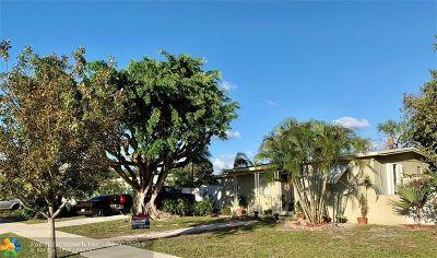 Pompano Beach Single Family Home For Sale: 5264 NE 19th Ave