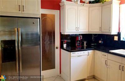 Pompano Beach Single Family Home For Sale: 3690 NE 14th Ave