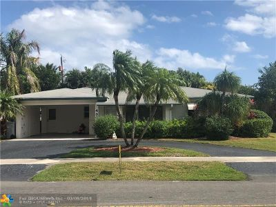 Pompano Beach Single Family Home For Sale: 430 SE 4th Ter