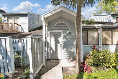 North Lauderdale Condo/Townhouse For Sale: 1812 Adventure Pl #1812