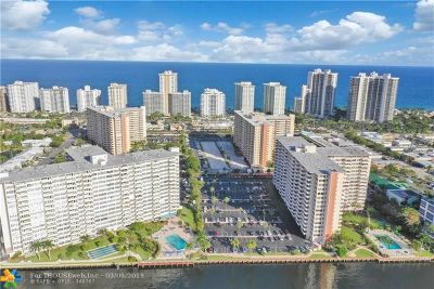 Fort Lauderdale Condo/Townhouse For Sale: 3200 NE 36th St #1717