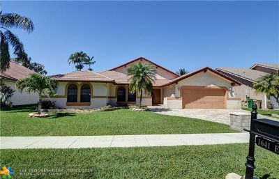 Davie Single Family Home For Sale: 1641 E Oak Knoll Cir