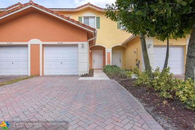 Tamarac Condo/Townhouse For Sale: 8304 Santa Monica Ave #3820