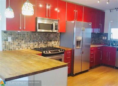 North Miami Condo/Townhouse For Sale: 13105 Ixora Ct #300