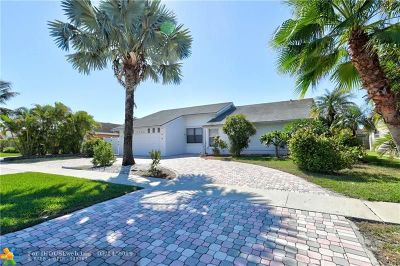 Boca Raton Single Family Home For Sale: 9788 Nevada Pl