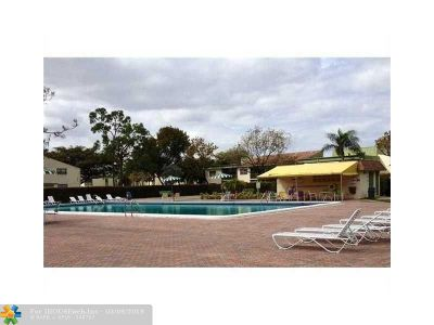Coral Springs Condo/Townhouse For Sale: 4269 NW 89 Ave #101