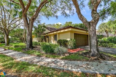 Plantation Single Family Home For Sale: 361 NW 97th Ave