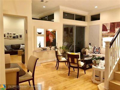 Hollywood Single Family Home For Sale: 1105 Satinleaf St