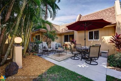Pompano Beach Condo/Townhouse For Sale: 4021 N Cypress Dr #P-5