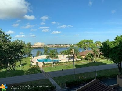 Deerfield Beach Condo/Townhouse For Sale: 4550 NW 18th Ave #403
