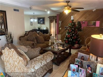 Tamarac Single Family Home For Sale: 7900 NW 74th Ave