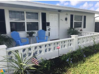 Boynton Beach Single Family Home For Sale: 2392 SW 10th Ave