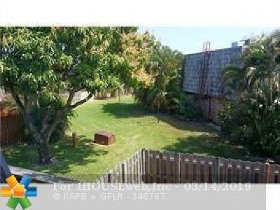 Boynton Beach Condo/Townhouse For Sale