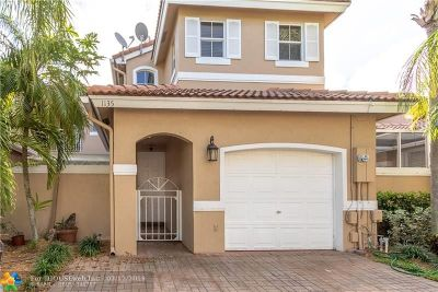 Hollywood Condo/Townhouse For Sale: 1135 Yellowheart Way