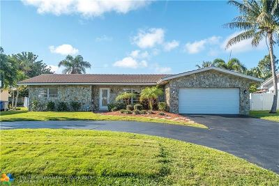 Pompano Beach Single Family Home For Sale: 2730 NE 22nd Ct
