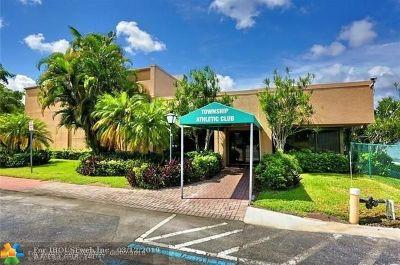 Coconut Creek Single Family Home For Sale: 4393 Acacia Cir