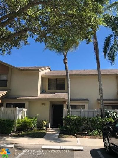 Coconut Creek Condo/Townhouse For Sale: 4804 NW 22nd St #4118
