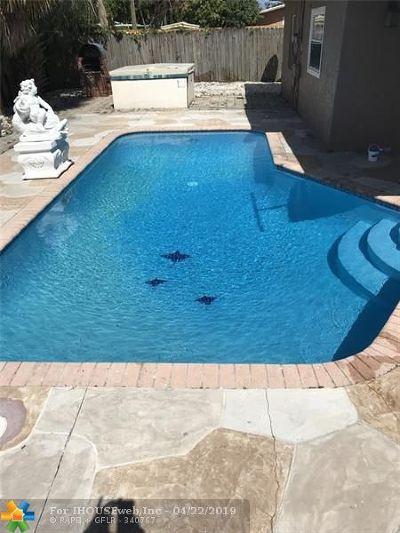 Pompano Beach Single Family Home For Sale: 1333 NE 25th St