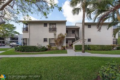 Coconut Creek Condo/Townhouse For Sale: 3671 NW 35th St #3671