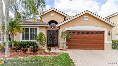 Coral Springs Single Family Home For Sale: 12140 Glenmore Dr
