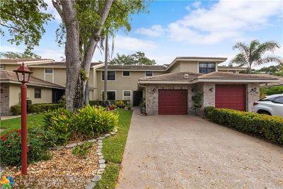 Deerfield Beach Condo/Townhouse Backup Contract-Call LA: 718 N Deer Creek North Shore Drive #718