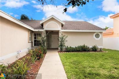 Boynton Beach Single Family Home For Sale: 6278 Terra Rosa Cir