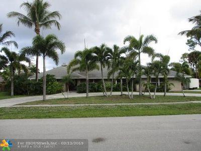 Wellington Single Family Home For Sale: 13146 La Mirada Cir