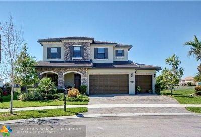 Parkland Single Family Home For Sale: 11380 Fairfield St
