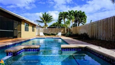 Boca Raton Single Family Home For Sale: 9220 Edgemont Ln