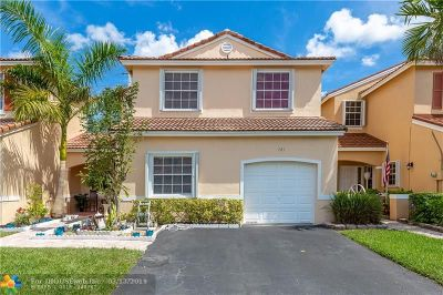 Pembroke Pines Single Family Home For Sale: 721 NW 172nd Ter