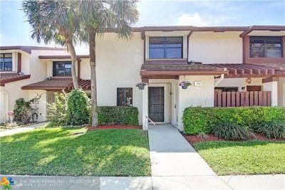 Coconut Creek Condo/Townhouse For Sale: 4351 Carambola Cir #4351