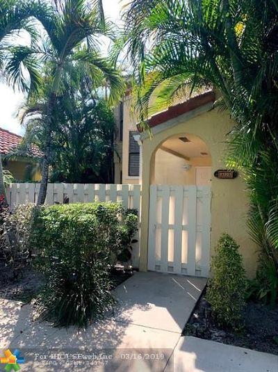 Boca Raton Condo/Townhouse For Sale: 22322 Pineapple Walk Dr #22322