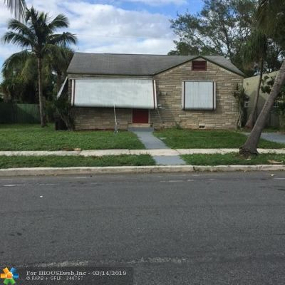 West Palm Beach Single Family Home For Sale: 961 N 32nd St