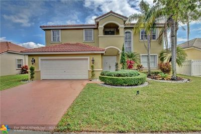 Pembroke Pines Single Family Home For Sale: 2365 NW 195 Ave