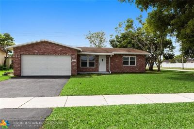 Margate Single Family Home For Sale: 6520 NW 9th St