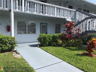 Deerfield Beach Condo/Townhouse For Sale: 171 Prescott I #171