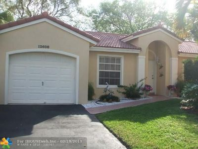 Sunrise Single Family Home For Sale: 12608 NW 12th Ct