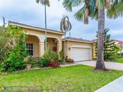 Miramar Single Family Home For Sale: 13212 SW 54th Ct