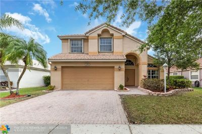 Pembroke Pines Single Family Home For Sale: 1551 NW 132nd Ave