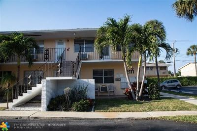 Fort Lauderdale Condo/Townhouse For Sale: 2111 NE 56th St #211