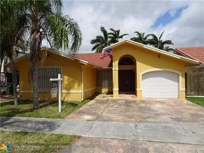 Miami Single Family Home For Sale: 13625 SW 183rd Ter