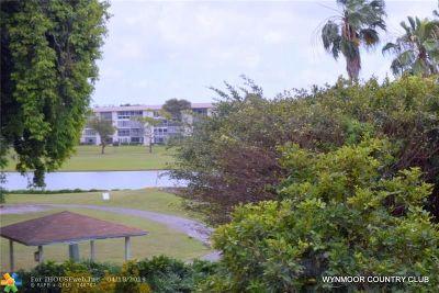 Coconut Creek Condo/Townhouse For Sale: 3301 Aruba Way #C3